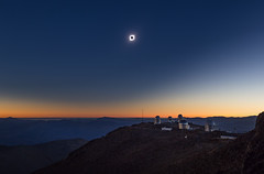 Solar eclipse over La Silla (Juan-Carlos Munoz-Mateos) Tags: eclipse sun solar astronomy astrophotography chile lasilla solareclipse sky atacama