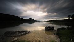 et la lumière arrive (flo73400) Tags: lac lake aube aurore matin sunrise morning paysage landscape longexposure poselongue