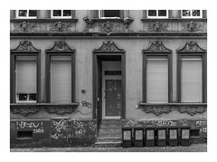 Die Stadt 341 (sw188) Tags: deutschland nrw westfalen ruhrgebiet dortmund hörde sw stadtlandschaft street sachlichkeit bw blackandwhite