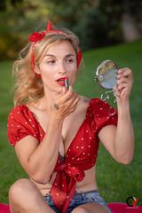 Woman in red. She loves red. (Carlos Velayos) Tags: retrato portrait mujer woman chica girl belleza beauty elegancia elegance sensualidad sensuality strobist red rojo pintalabios lipstick espejo mirror