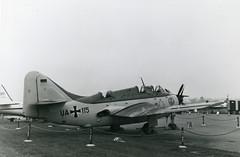 UA+115. German Navy Fairey Gannet AS.4 (Ayronautica) Tags: ayronautica aviation scanned airshow military farnborough eglf fab sbac faireygannetas4 ua115 germannavy navalaviation marineflieger september 1958