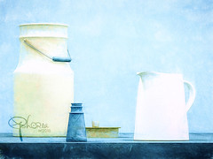 milch auf blau (Ephorea) Tags: decoration interior kitchen stilllife color fresh blue white yellow milk paint painting brush