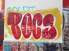 226 (en-ri) Tags: bocs crew 2019 torino wall uro graffiti writing bianco giallo rosso throwup muro