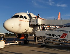 UNICEF change for good (timothyhart) Tags: easyjet livery unicef unitednations airbus a319