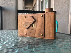 Camera Review Blog No. 109 - Francuz Cherry 66 (Alex Luyckx) Tags: camerareviewblog camerareview camera gear review cherry66 pinhole pinholecamera pinholeisnotacrime iphone appleiphone8 iphone8 iphonography snapseed