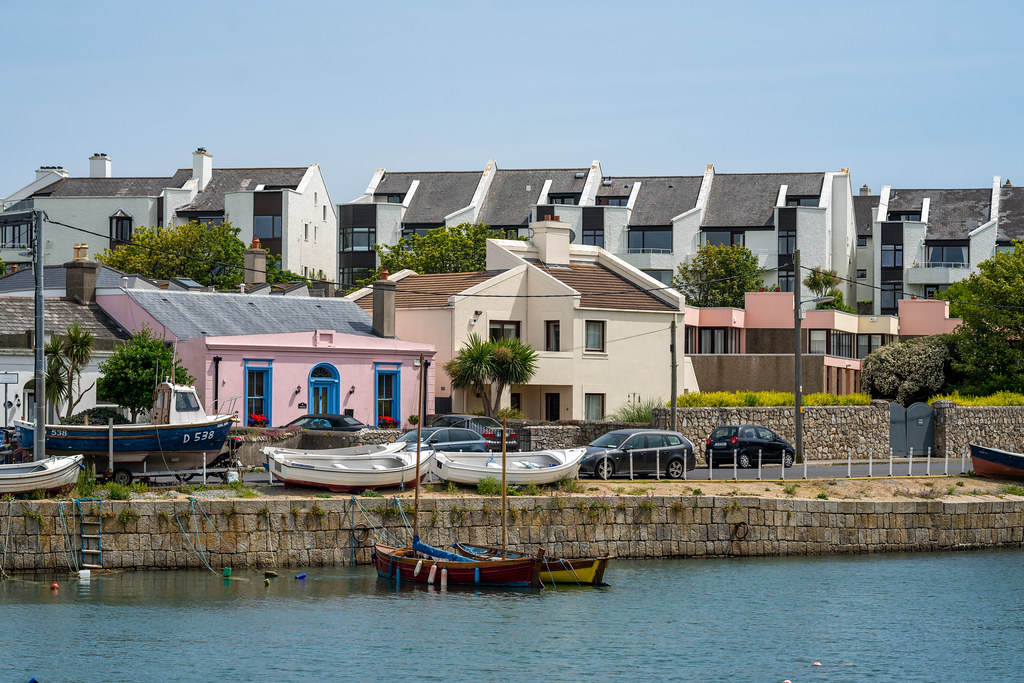 BULLOCK HARBOUR [ONE OF TWO HARBOURS IN DALKEY]-154033
