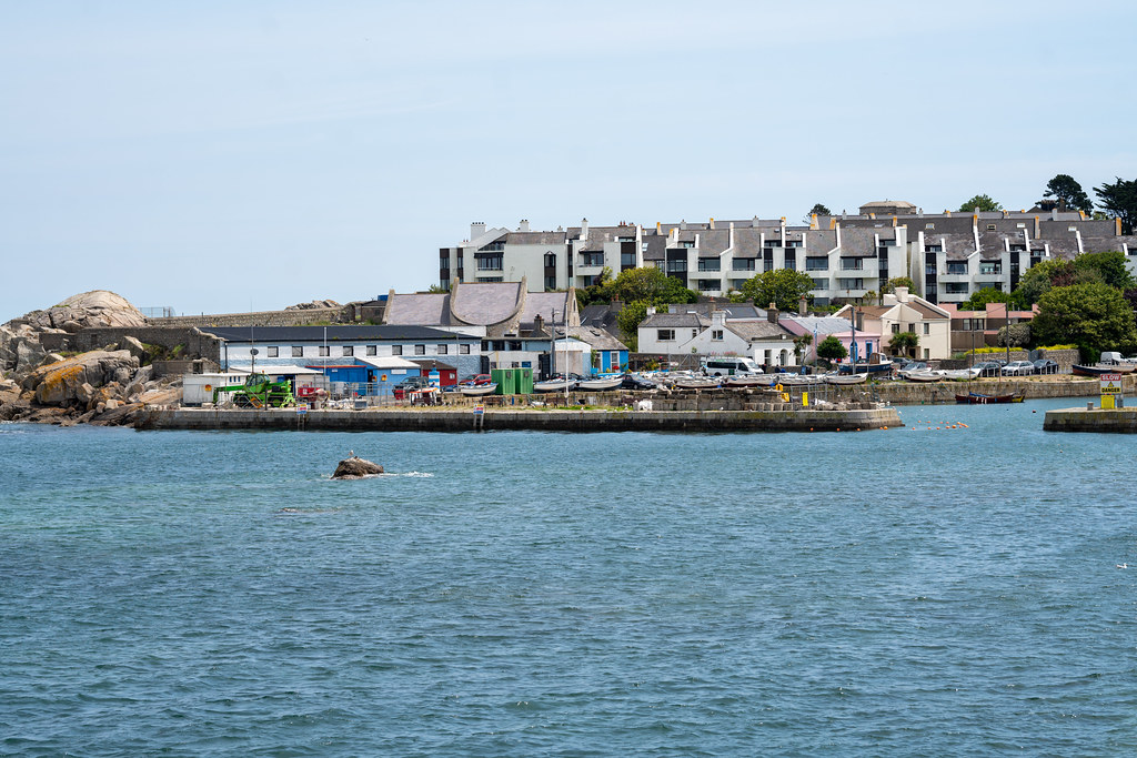 BULLOCK HARBOUR [ONE OF TWO HARBOURS IN DALKEY]-154020