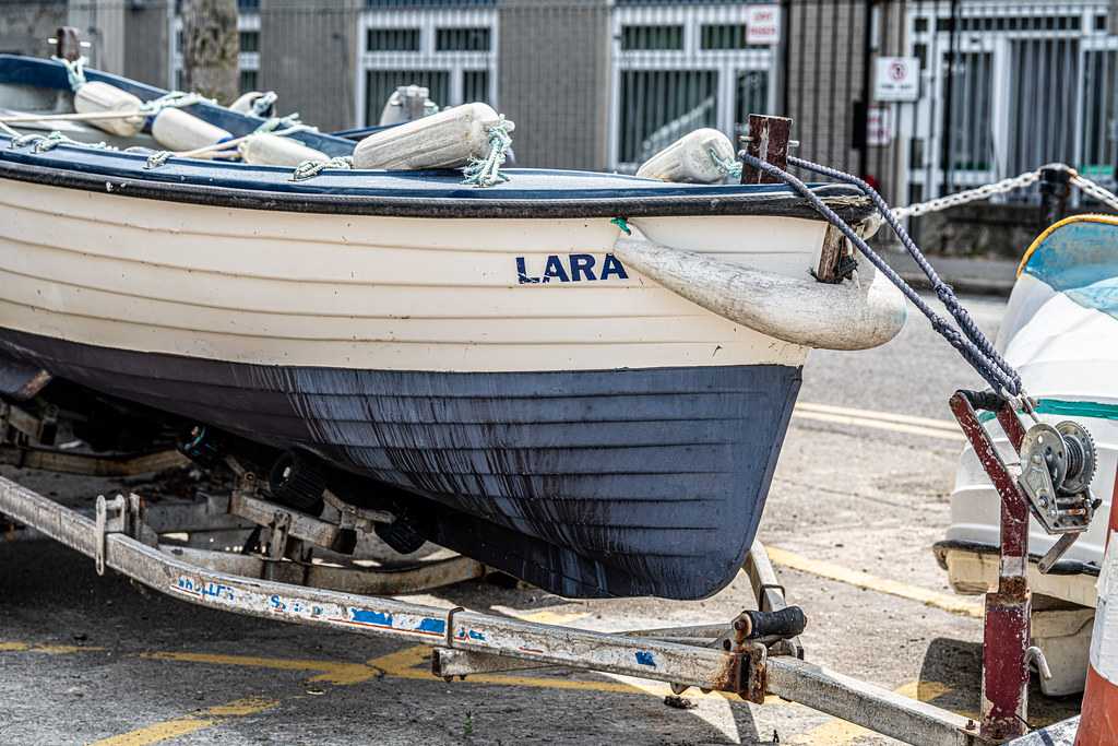 BULLOCK HARBOUR [ONE OF TWO HARBOURS IN DALKEY]-154044