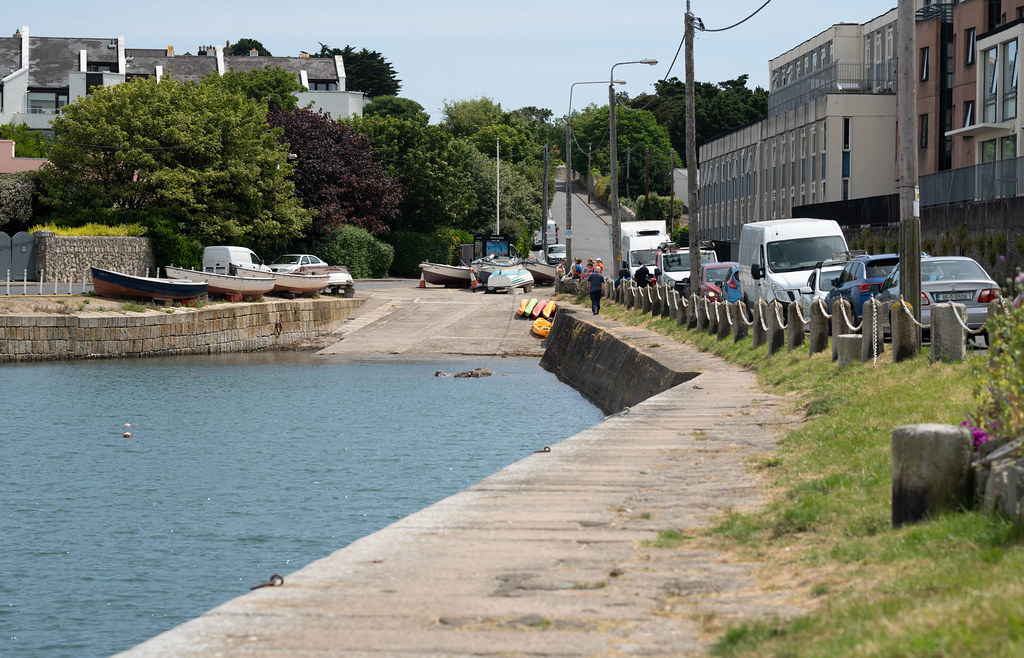 BULLOCK HARBOUR [ONE OF TWO HARBOURS IN DALKEY]-154038