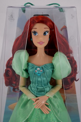 Disney Parks Diamond Castle Collection LIMITED EDITION 30 Anniversary Ariel Doll