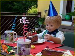 Happy Birthday Luis ! (ursula.valtiner) Tags: puppe doll luis künstlerpuppe masterpiecedoll geburtstag birthday torte cake birthdaycake geburtstagstorte kerzen candles geburtstagsfest birthdayparty