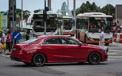 (seua_yai) Tags: automobile car asia china prc candid people transportation traffic wheels street china2019 chinamacau2019 mercedesbenz