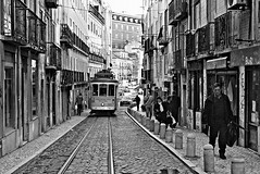 Street (Roi.C) Tags: street candid people peoples train standing walking talking outdoor nikkor nikon d5300 lisbon portugal europe man women monochrome black bw road buildings building 2018 lisboa blackandwhite composition photography photograph streetphotography photo camera capital city 18140mm urban travel tram perspective frame framing lens lighting interesting digital town image human humanbeings humans persons april