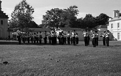 The Regimental Band (RHLI) (Alex Luyckx) Tags: hamilton ontario canada dundurncastle dundurn nationalhistoricsite canadaday militarytattoo canadianarmedforces canadianarmy royalhamiltonlightinfantry argyllsutherlandhighlandersofcanada royalhamiltonlightinfantrywr13thbattalionceremonialguard music militarymusic performance band militaryband regimentalband fenianraids battleofridgeway history canadianhistory militaryhistory nikon nikonf5 f5 slr 135 35mm afnikkor28105mm13545d harmantechnologies ilfordphoto iford ilfordhp5 hp5 asa400 kodak kodakhc110 hc110 dilutionb 131 nikoncoolscanved adobephotoshopcc bw blackwhite believeinfilm filmisalive filmisnotdead