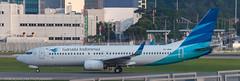 Garuda Indonesia 737 at HKG (Alaskan Dude) Tags: travel asia hongkong hongkongairport planespotting planewatching aircraft airplane airplanes airlines aviation