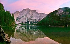 Lake Braies / Pragser Wildsee & Seekofel (Claude@Munich) Tags: italy mountain dolomites southtyrol prags seekofel pragsdolomites italien lake reflection water see evening abend wasser dusk bluehour dämmerung spiegelung trentino südtirol pragserwildsee pragsertal abendstimmung abends blauestunde claudemunich lakebraies trentinosüdtirol naturparkfanessennesprags lakeprags lago aqua italia serata lagodibraies braies bolzano sera riflessione trentinoaltoadige crodadelbecco valdibraies sassdlaporta dolomiti dolomitidibraies crodarossadampezzo northernitaly