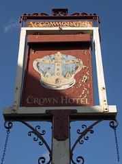 Crown Hotel, Alton (Ray's Photo Collection) Tags: pub sign alton crownhotel hampshire hants publichouse