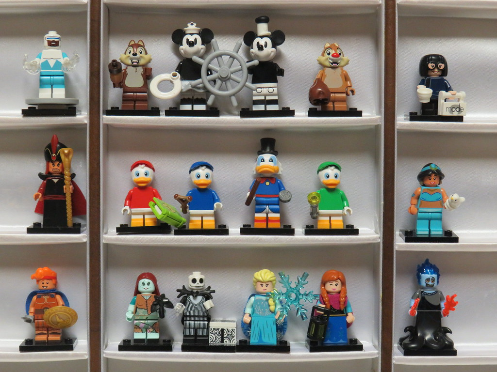 The World's Best Photos of disney and minifigures - Flickr