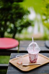 2019.7.5 : 49/365 (Nazra Z.) Tags: strawberries drink milk fresh frozen fruits okayama japan 2019 raw vscofilm 365 ayearofjoys