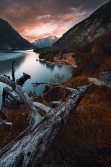 The View...Summertime Alps (agialopoulos) Tags: lila mountain mountains natur nature nationalpark natural naturallight water landscape landschaft lake austria summer sunrise sunset sundown woodland reflections clouds colourful colors