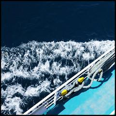 setting sail (foto.phrend) Tags: sea ferry square kefalonia greece fujifilm diagonal blue