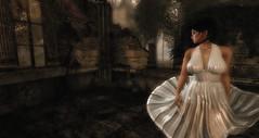 Winds of Change (Renascentia11) Tags: solo solitary portrait renni renascentia
