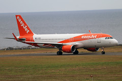 G-EZWH (Harvey's Aviation Images) Tags: gezwh airbus a320 easyjet 5542 egns iom ronaldsway airport isleofman