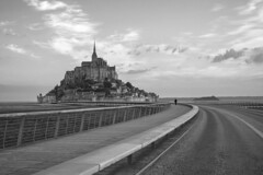 Curves (Michel Couprie) Tags: europe france normandy normandie noiretblanc nb bw blackandwhite bridge pont paysage montsaintmichel canon eos ef50mmf12l couprie clouds nuages
