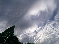 Mammatus cloud with small circumhorizontal arc (Nevrimski) Tags: mammatus cloud circumhorizontal arc crepuscular rays
