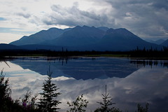 183/365 Mentasta, Alaska (OhWowMan) Tags: ohwowman nikon nikkor d3300 acdseepro9 my2019challenge 365project animageaday dailyphotography 365the2019edition 3652019 day183365 02jul19 alaska outdoors nature beautiful landscape mountains trees lake clouds scenic scenery summer summertime roadtrip mentasta tokcutoff fun outside