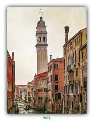 RIO DEI GRECI a VENEZIA (régisa) Tags: campanile venezia venise venice italia italy italie canal canale pendente torre chiesa église church rio riodeigreci castello sanzorzideigreghi orthodoxe grec