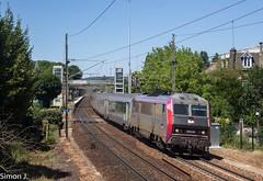 3306 Cherbourg - Paris St Lazare (bb_17002) Tags: station gare véhicule extérieur route chemin de fer locomotive nuit horizon crépuscule voiture ville bb26000 sncf sybic paris corail normandie