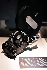Arriflex (mkk707) Tags: film analog zeissikonvoigtländericarex35stm carlzeissultron1850m42 kodakektar100 deutschesfilmmuseum frankfurtammain germancameras germany vintagefilmcamera vintagelens wwwmeinfilmlabde