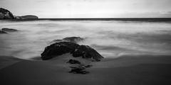 La playa de Es Canar (Nebelkuss) Tags: ibiza eivissa escanar playas beach largaexposiciondiurna longexposuredaylight cokin fujixt1 fujinonxf1024f4 seascape