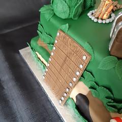 Fortnite Birthday Cake (Cakes by Debs) Tags: fortnite treasurechest birthday cake llama plankofwood firepit camouflage fondant