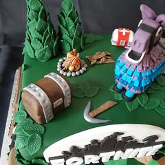 Fortnite Birthday Cake (Cakes by Debs) Tags: fortnite birthday cake llama treasurechest firepit trees fondant medicalkit fortnitebandages