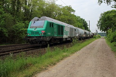 BB 75408 et diffus (Thomas-60) Tags: fret bb75000 sncf train ferroviaire