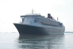 Queen Mary II (jelpics) Tags: cruise cruiseships cunardcruiselines cunardline oceanliner queenmary2 boat boston bos bostonharbor bostonma harbor massachusetts ocean port sea ship vessel commercialship merchantship