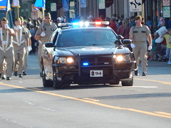 DSCN8112 (mestes76) Tags: 080218 duluth minnesota parades spiritvalleydays spiritvalleydaysparade people strangers police policevehicles dpd duluthpolicedepartment