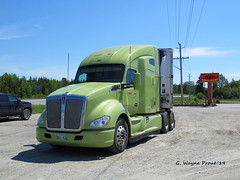 Kenworth T680 Advantage (Gerald (Wayne) Prout) Tags: kenwortht680advantage kenworth t680 advantage razirtransportservices highway11north townofmatheson blackrivermatheson northeasternontario northernontario ontario canada prout geraldwayneprout canon canonpowershotsx60hs powershot sx60 hs digital camera photographed photography vehicle truck tractor semitractor transport paccar highway 11 north matheson town municipality blackriver northeastern northern