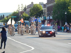 DSCN8118 (mestes76) Tags: 080218 duluth minnesota parades spiritvalleydays spiritvalleydaysparade people strangers police dpd duluthpolicedepartment policevehicles