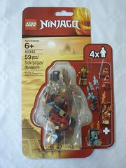 40342 - box (fdsm0376) Tags: lego set review 40342 ninjago minifigure pack blister kai clutch powers blizzard archer pyrodestructor