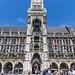 München setzt am Marienplatz Friedenszeichen mit Regenbogenflaggen, aus Solidarität mit dem Christopher Street Day-Demonstrationstags