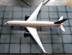 Delta Airlines Airbus A350 (Sentinel28a1) Tags: delta deltaairlines airbus airbusa350 airliner aircraft toy