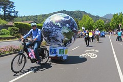 Earth Bike at the Fourth of July Parade (fabola) Tags: art bike clean activist artfloat life green electric design community earth marin politics parade fabrice environment climate sustainability larkspur cortemadera ebike electricbike cleantransportation newwheel climateaction greenchange earthbike makerart climateartexhibit transportation sustainable