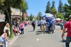 Earth Bike at the Fourth of July Parade (fabola) Tags: art bike clean activist artfloat life green design community earth marin politics parade fabrice transportation environment climate sustainable sustainability larkspur cortemadera cleantransportation climateaction greenchange earthbike makerart climateartexhibit