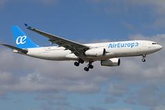 EC-LQO_02 (GH@BHD) Tags: eclqo airbus a330 a332 a330200 a330243 aireuropa arrecife arrecifeairport lanzarote ux aea ace gcrr aircraft aviation airliner