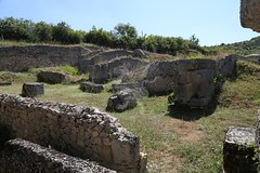 Amiternum_Teatro_Anfiteatro_Vestigia_18