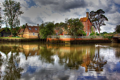 Beaulieu 14 August 2018 00022.jpg (JamesPDeans.co.uk) Tags: landscape printsforsale beaulieu windows unitedkingdom britain wwwjamespdeanscouk chimneys landscapeforwalls europe uk digitaldownloadsforlicence forthemanwhohaseverything england ships plants pier reflection transporttransportinfrastructure sea greatbritain trees harbour quay architecture nature river gb house hampshire beaulieuriver brickbuilt jamespdeansphotography coast englishchannel shore
