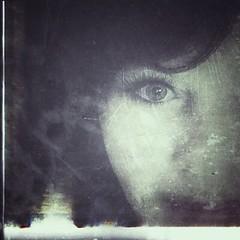 « Si le cœur ne contemple pas, l'œil ne verra pas » (Muse poétique) Tags: iris oeil citation artistic art portrait autoportrait